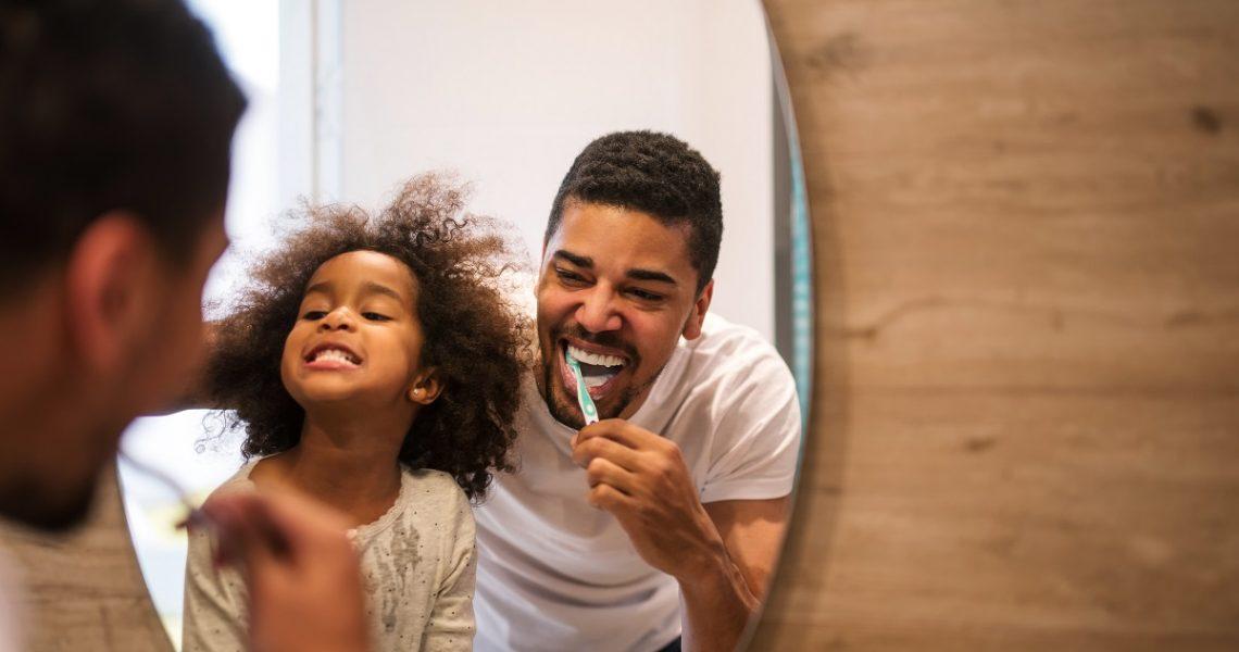 Higiene bucal em família é sempre bem-vinda